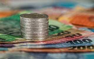 Народные приметы про деньги: как брать и какой рукой возвращать