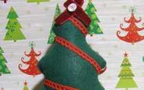 Украшаем новогоднюю елку сделанными своими руками мягкими игрушками из фетра